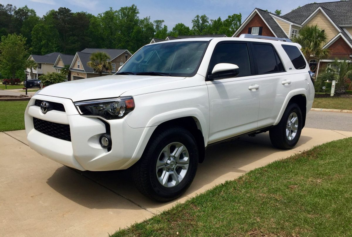 new 2016 toyota 4runner sr5 the automotive advisor. Black Bedroom Furniture Sets. Home Design Ideas